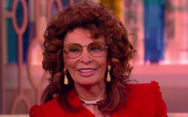 Screen goddess Sophia Loren, from an interview on American talk show 'The View,' in March 2016 (Courtesy YouTube screengrab)