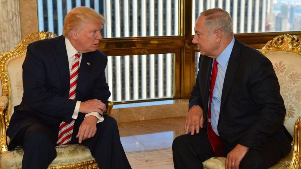 Prime Minister Benjamin Netanyahu and Republican presidential candidate Donald Trump meeting at Trump Tower in New York, September 25, 2016. (Kobi Gideon/GPO)