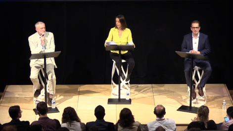 UK Labour leader Jeremy Corbyn debates with challenger Owne Smith at a Labour leadership debate held at the JW3 Jewish community center in London, September 18, 2016. (Screencapture from Livestream)