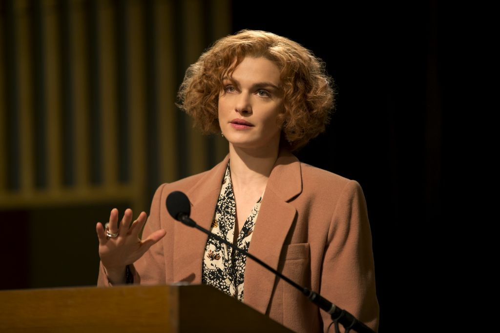 Rachel Weisz as Deborah Lipstadt in court. (Laurie Sparham/Bleecker Street)
