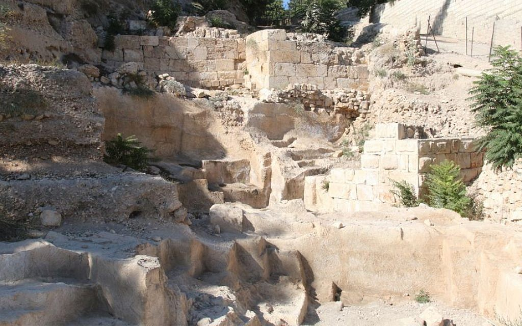 Archaeologists unearthed ruins from the Maccabean era 2,000 years ago in excavations around Mount Zion. (Shmuel Bar-Am)