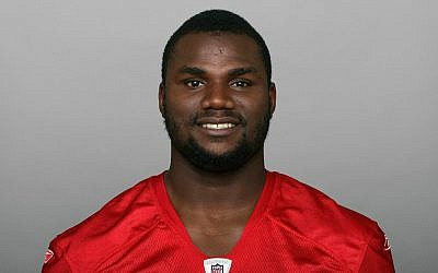 Khalif Mitchell in a 2010 photo, when he played for the San Francisco 49ers NFL football team. (AP Photo via Getty Images/JTA)