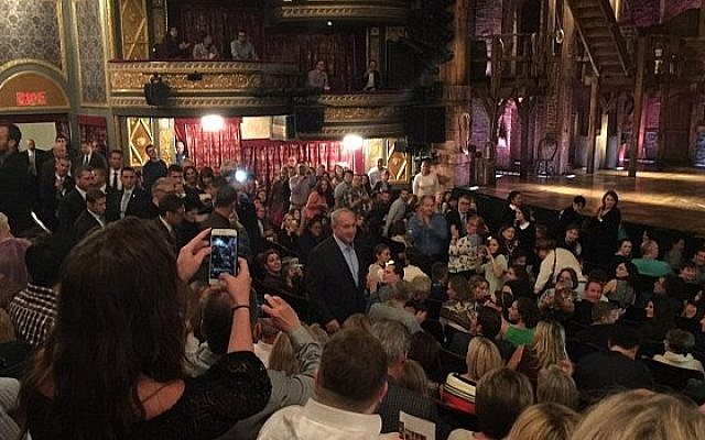 Prime Minister Benjamin Netanyahu spotted at the Richard Rodgers Theatre in New York to see popular musical 'Hamilton, September 24, 2016. (Mark Young/Twitter)