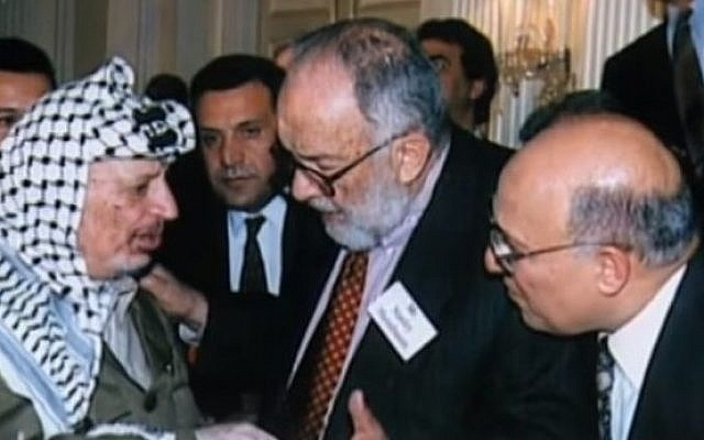 American-Jewish peace activist Stanley K. Sheinbaum with former Palestinian leader Yasser Arafat in 1988. (screen capture: YouTube)