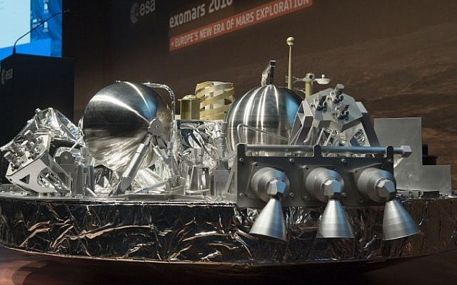 A 1:3 scale model of the landing unit Schiaparelli of the European-Russian ExoMars 2016 mission is seen at the ESA space operation center (ESOC) in Darmstadt, Germany, on October 19, 2016. (AFP PHOTO / THOMAS KIENZLE)