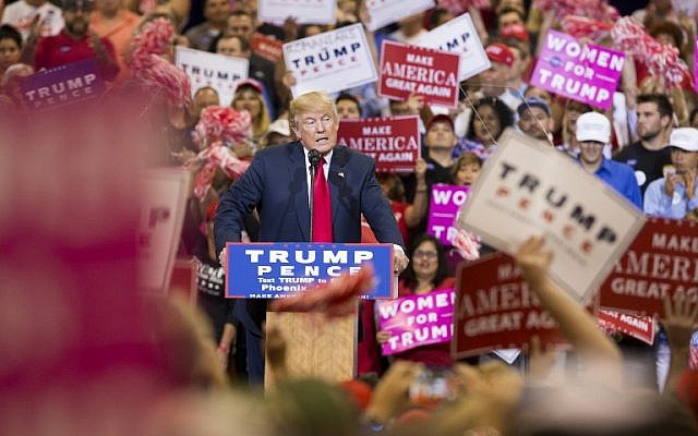 Republican Presidential nominee Donald Trump speaks during a rally at the Convention center in Phoenix, Arizona on October 29, 2016.  (AFP/Caitlin O'HARA)