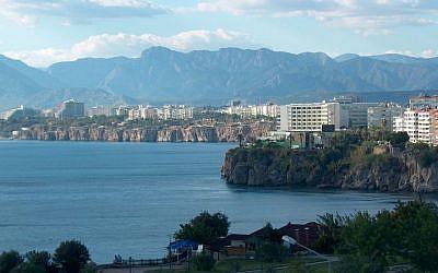 The Antalya coastline in Turkey (CC-BY SA Wikipedia)