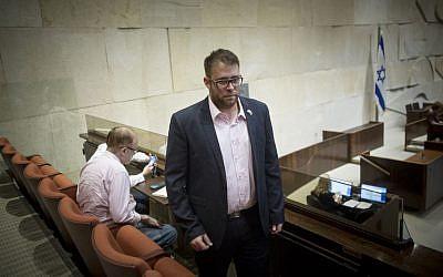 Oren Hazan seen at the Knesset on September 19, 2016. (Yonatan Sindel/Flash90)
