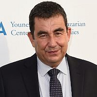 Ari Shavit at the UCLA Younes & Soraya Nazarian Center For Israel Studies 5th Annual Gala at Wallis Annenberg Center for the Performing Arts in Beverly Hills, California, on May 5, 2015. (Jason Merritt/Getty Images via JTA)