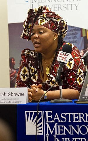 Nobel Peace laureate Leymah Gbowee speaks during a press conference at Eastern Mennonite University in Harrisonburg, Virginia, on October 14, 2011 (CC BY/Jon Styer/Eastern Mennonite UniversityWikimedia)