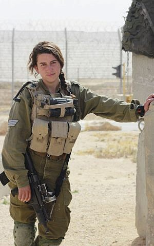 Sgt. Anna Zagoda, part of the IDF's mixed-gender Caracal Battalion that guards Israel's border with Egypt's Sinai Peninsula. (Judah Ari Gross/Times of Israel)
