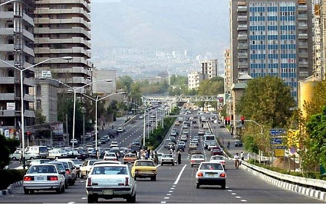 A street in Tehran (CC-BY SA Ehsan/Wikimedia Commons)