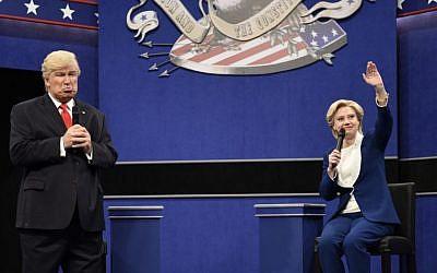 Alec Baldwin (L) as Republican presidential candidate Donald Trump, and Kate McKinnon as Democratic presidential candidate Hillary Clinton on 'Saturday Night Live,' October 15, 2016. (Will Heath/NBC via AP)