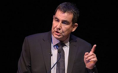 Ari Shavit attends the UCLA Younes and Soraya Nazarian Center For Israel Studies 5th Annual Gala at the Wallis Annenberg Center for the Performing Arts, in Beverly Hills, California, May 5, 2015.  (Jason Kempin/Getty Images)