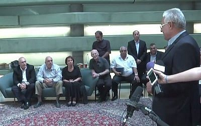 A delegation of 20 Arab-Israeli council heads paid a shiva call to the Peres family at the Peres Center for Peace in Jaffa on Sunday, October 2, 2016. (Screenshot/Ynet)