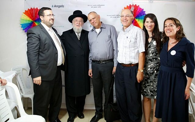 At the 12 Angels launch event in Tel Aviv, on October 19, 2016. From left to right: KamaTech CEO Moshe Friedman; Tel Aviv-Yafo Chief Rabbi Yisrael Meir Lau; investor Dov Moran; iAngels Chairman David Assia; iAngels Founding Partner Mor Assia; and iAngels Head of Partnerships & Legal Lilach Danewitz. (Courtesy)