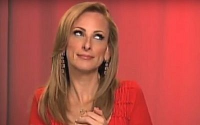 Marlee Matlin appearing on the Celebrity Apprentice in 2011 (screen capture: YouTube)