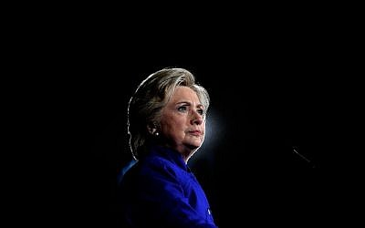 US Democratic presidential nominee Hillary Clinton speaks during a campaign rally in Tempe, Arizona, November 2, 2016.  (AFP/Jewel Samad)
