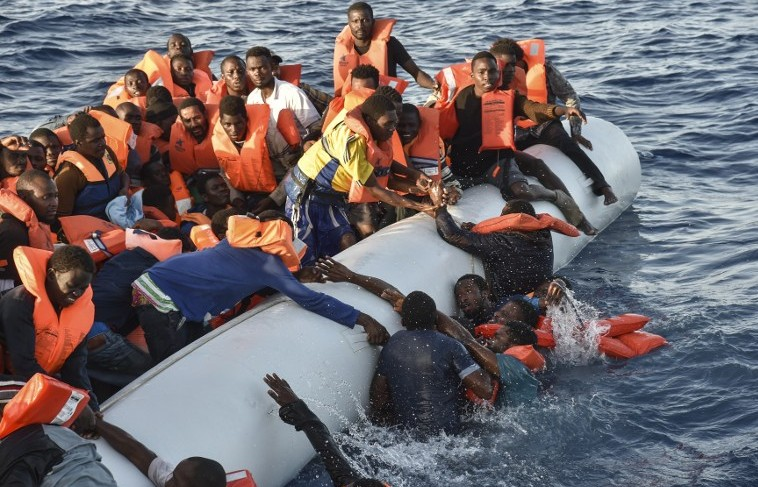 100 feared dead as boat capsized at Libya