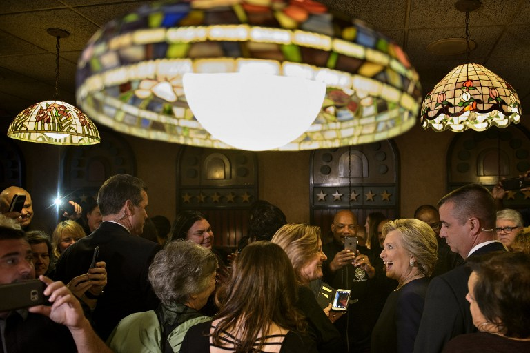 Democratic presidential nominee Hillary Clinton campaigning on November 4, 2016 in Dearborn, Michigan. (Brendan Smialowski / AFP)