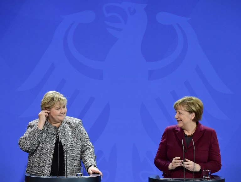 German Chancellor Angela Merkel (R) and Norway's Prime Minister Erna Solberg give a news conference following talks at the Chancellery in Berlin on November 8, 2016. (TOBIAS SCHWARZ/AFP)