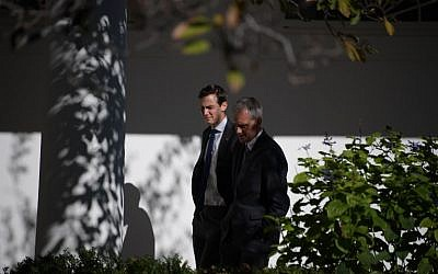 White House Chief of Staff Denis McDonough (R) and Jared Kushner, an aid and son-in-law of Republican presidential nominee Donald Trump are seen at the White House November 10, 2016. (AFP PHOTO/JIM WATSON)