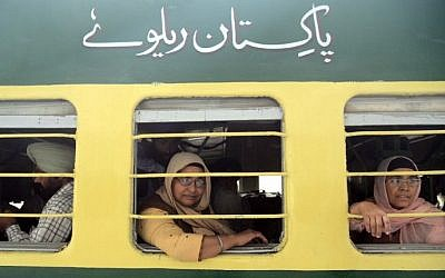 Illustrative photo of passengers on a train in India on November 12, 2016. (AFP PHOTO/NARINDER NANU)