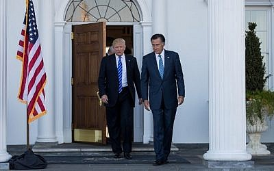President-elect Donald Trump and Mitt Romney leave the clubhouse after their meeting at Trump International Golf Club, November 19, 2016 in Bedminster Township, New Jersey. (Drew Angerer/Getty Images/AFP)