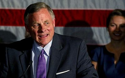 File: Sen. Richard Burr, R-North Carolina, talks to supporters as he gives his acceptance speech after winning re-election, in Winston-Salem, North Carolina, November 8, 2016. (AP/Nell Redmond)