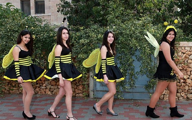 Israeli girls dressed up as bees, and not Knesset lawmakers, for Purim in 2010. (Illustrative photo:  Nati Shohat)