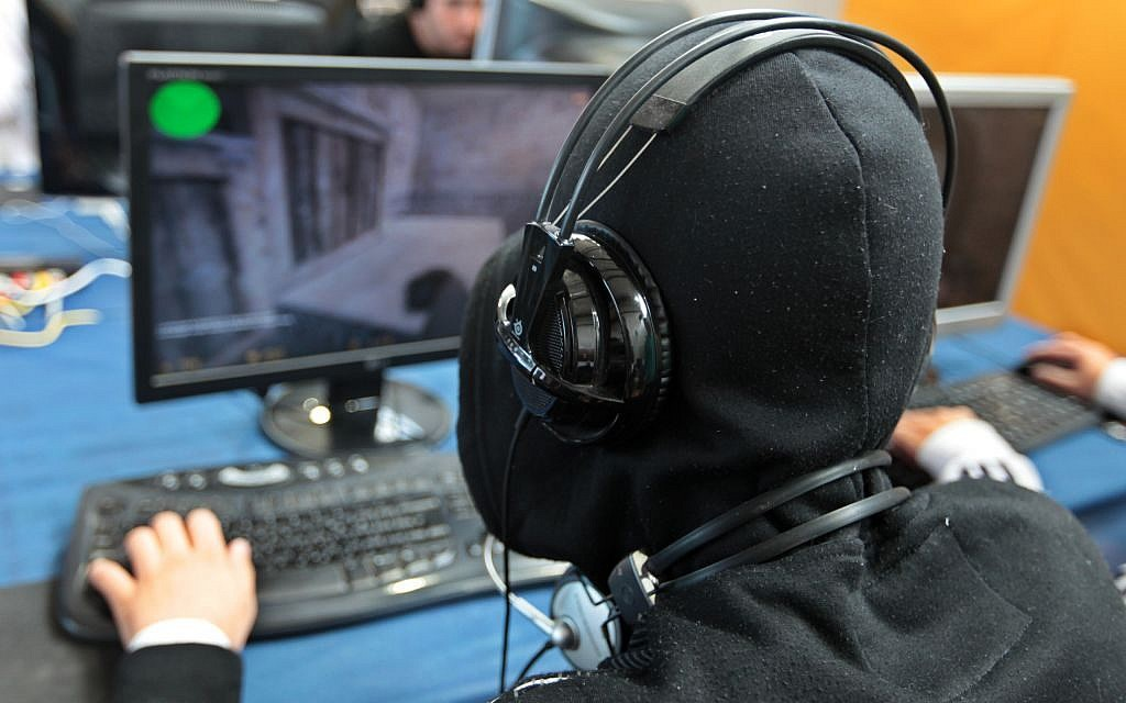 Two-Third Of Gamers Confess To Being Severely Harassed By Online Trolls