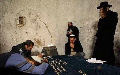 Ultra Orthodox Jews seen praying in the compound of Joseph's Tomb in the West Bank city of Nablus, November 16, 2009. (Yaakov naumi / Flash90)