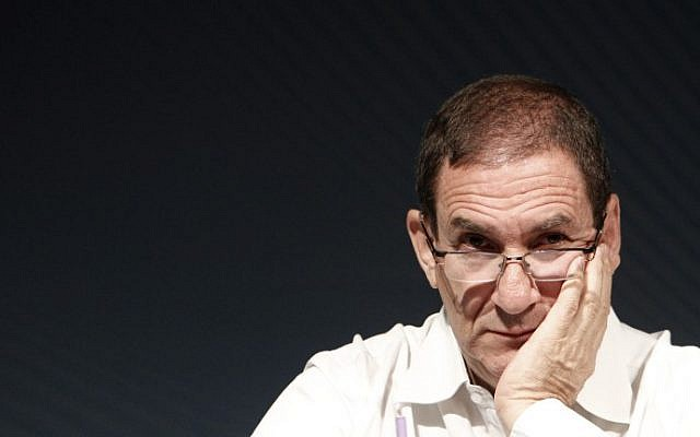 Director of the Israel Electric Corporation and former IDF general Yiftach Ron-Tal speaks at a conference in Jerusalem on October 23, 2013. (Miriam Alster/Flash 90)