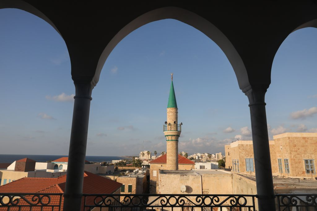 View of the a mosque in the Old City of Acre, in Northern Israel on October 24, 2016. (Nati Shohat/Flash90)