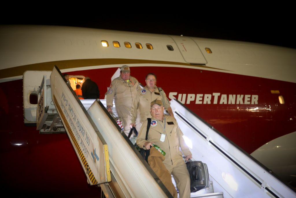The firefighting Evergreen 747 Supertanker arrives at Ben Gurion International Airport near Tel Aviv on November 25, 2016 (Flash90)