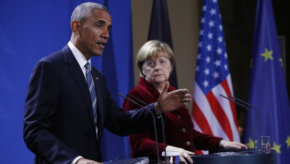 President Barack Obama and German Chancellor Angela Merkel participate in a news conference in Berlin, Thursday, Nov. 17, 2016. (AP/Pablo Martinez Monsivais)