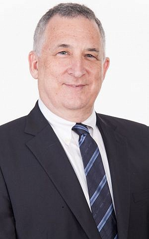 Uzi Levami, CEO of Sarine Technologies Ltd. (Courtesy)