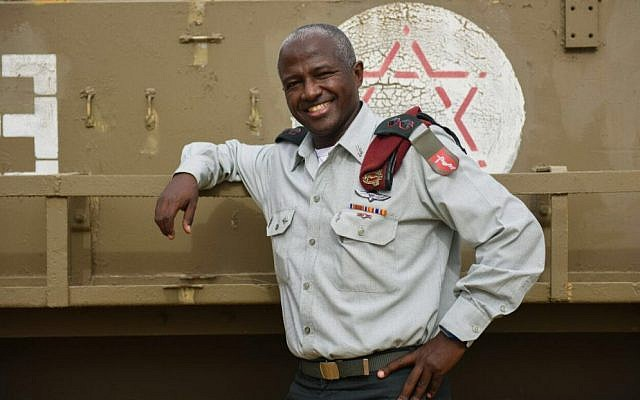 Lt. Col. Dr. Avraham Yitzhak, poised to take over as medical officer of the Southern Command and become the IDF's first colonel to come from the Ethiopian community. (IDF Spokesperson's Unit)