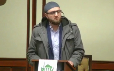Imam Baker Assaf speaks at the Islamic Center of Passaic County in Paterson, New Jersey, February 22, 2019 (MEMRI screenshot)