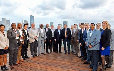 Delegation of global mayors in Tel Aviv (Courtesy)