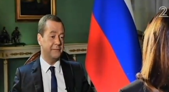 Russian Prime Minister Dmitry Medvedev talks to Channel 2's Yonit Levy in an interview partially aired on Nov. 2, 2016 (screen capture: Channel 2)