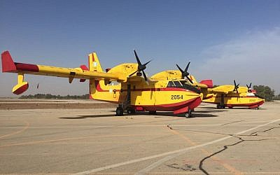 Firefighting planes from Greece arrived in Israel on November 24, 2016 to help douse scrub and forest fires across the country. (Courtesy: Ministry of Public Security)