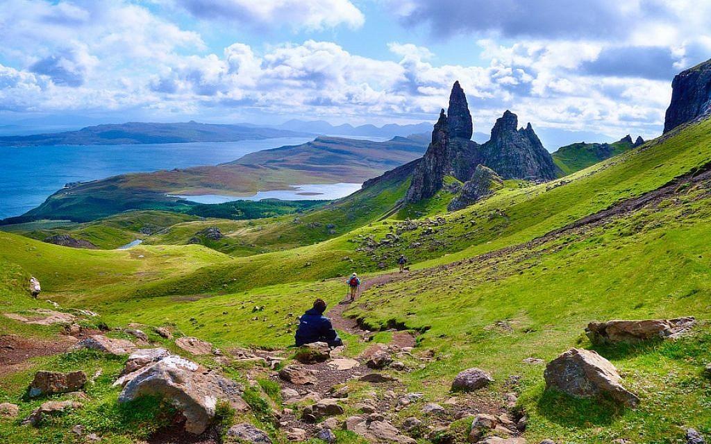 Isle of Skye, Scotland (CC BY Moyan Brenn, Flickr)