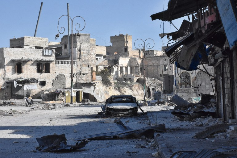 A picture taken on December 8, 2016, shows destroyed buildings in the Bab al-Hadid neighborhood, in Aleppo's Old City, after Syrian pro-government forces took control of the area. (AFP PHOTO / GEORGE OURFALIAN)