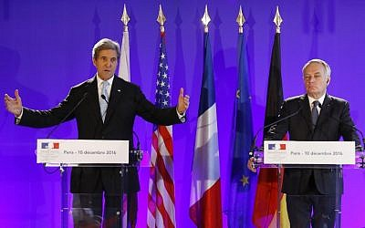 File: US Secretary of State John Kerry, left, and France's Foreign Minister Jean Marc Ayrault at a press conference after a meeting in Paris on December 10, 2016. (AFP/Patrick Kovarik)
