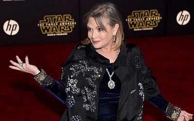 "Actress Carrie Fisher attending the premiere of Walt Disney Pictures and Lucasfilm's ""Star Wars: The Force Awakens"" at the Dolby Theatre in Hollywood, California, December 14, 2015. (AFP/Getty Images North America/Ethan Miller)"