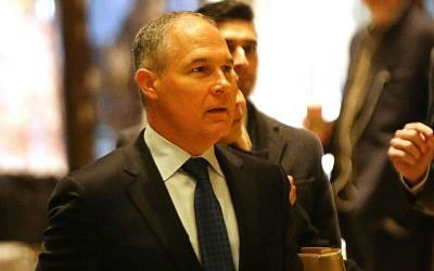 Oklahoma Attorney General Scott Pruitt arrives at Trump Tower on December 7, 2016 in New York City. Potential members of President-elect Donald Trump's cabinet have been meeting with him and his transition team of the last few weeks. (Spencer Platt/Getty Images/AFP)