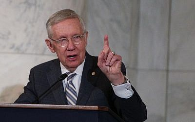 US Senate Minority Leader Sen. Harry Reid (D-NV) speaks during his leadership portrait unveiling ceremony December 8, 2016 on Capitol Hill in Washington, DC. (Alex Wong/Getty Images/AFP)