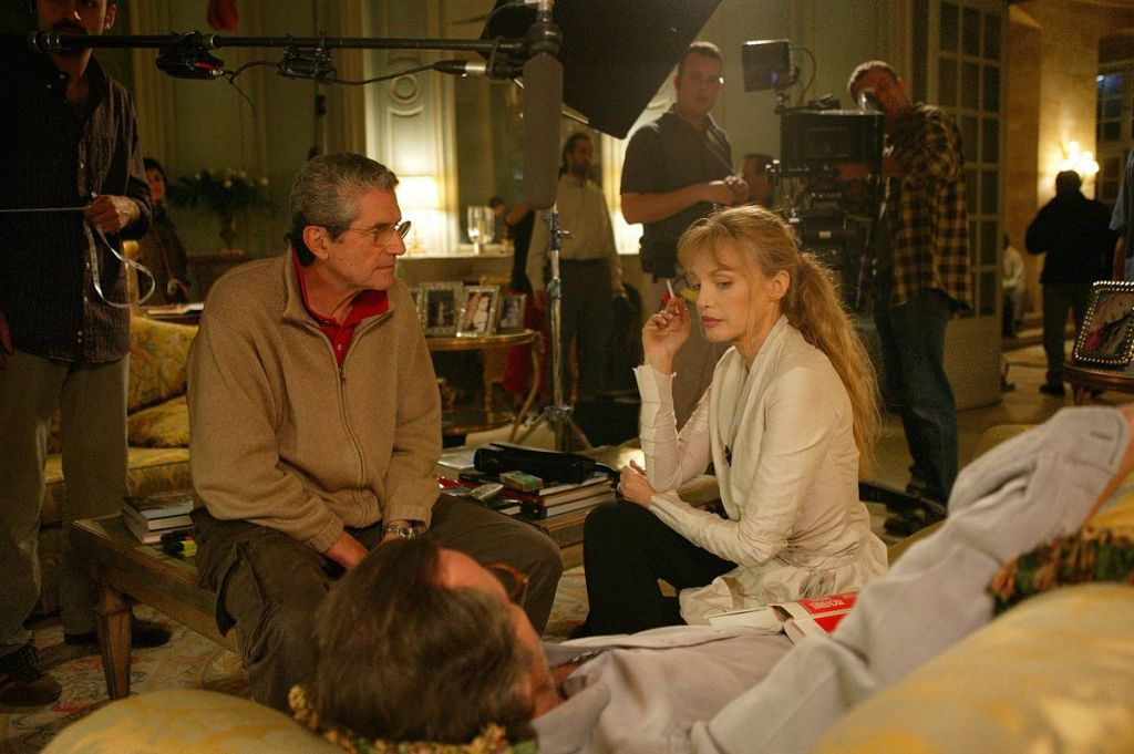 Actress Arielle Dombasle, with director Claude Lelouch on the set of 'Les Parisiens' in 2004. Dombasle is married to Bernard Henri-Levy. (Public domain)