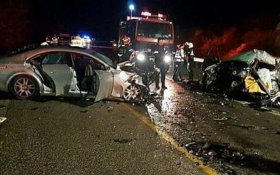 The scene of a deadly car crash in the lower Galilee region, December 4, 2016. (Magen David Adom)